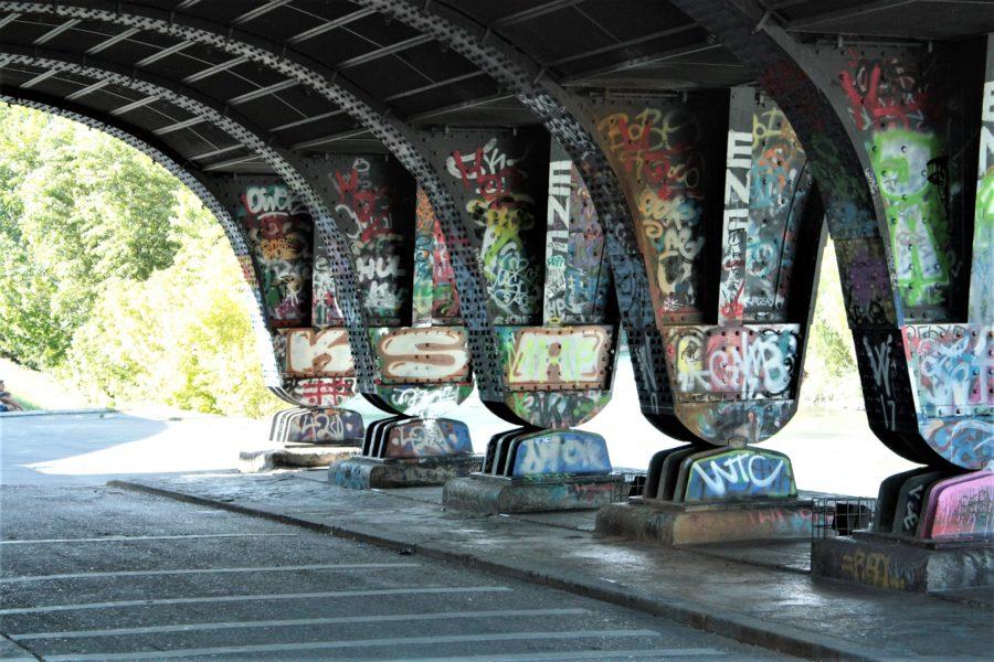 przestrzeń publiczna, streetart, under the bridge